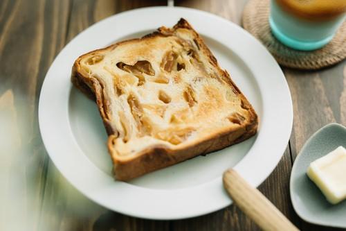 『Little Princess』の ずっしり贅沢りんご食パン