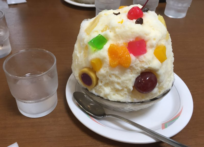 鹿児島旅行で天文館むじゃきのかき氷〜白熊(しろくま)〜を食べた サイズ