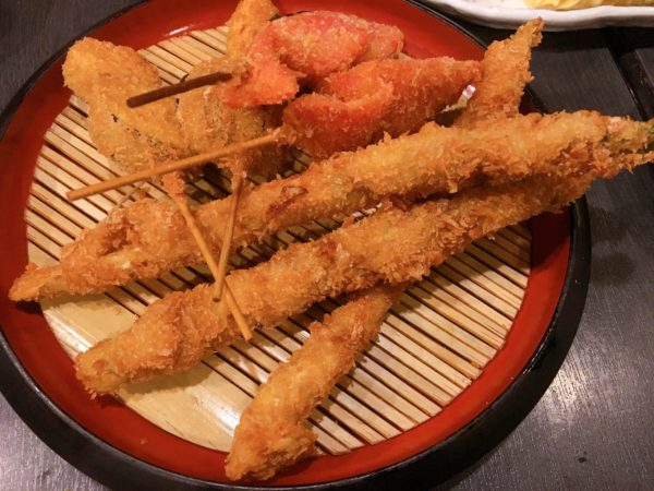 弁天町で食事するなら『伊勢屋』鯛ラーメン以外のメニューもおすすめ 串カツ